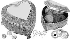 BLOWOUT SALE Stunning silver plated arras heart box with beautiful flower leaf and scroll