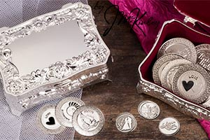 Stunning silver plated arras box with flowers Box is lined with burgundy velour. Fits large or small coins. COINS SOLD SEPARATELY measures 3 L x 2 W x 1 3/8 H