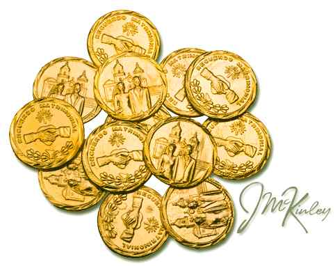 Gold wedding coins with bride and groom on front Clasped hands on the back with RECUERDO M