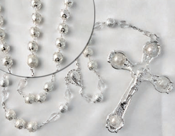 ONLY ONE LEFT-BLOWOUT SALE White Pearl lazo with high quality glass pearl beads unique cr