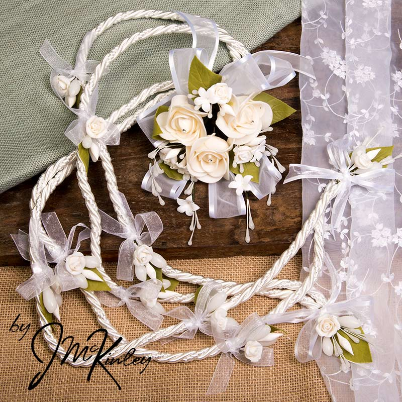 Stunning white lazo with large centerpiece flowers wedding lasso lazo de boda