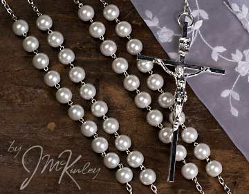 BLOWOUT SALE White Pearl lazo with silver accents
